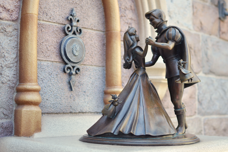Pin By Tiki T On Artsy Fartsy In 2019: Pin By Legend_ariii ♥ On Artsy Fartsy Disney In 2019