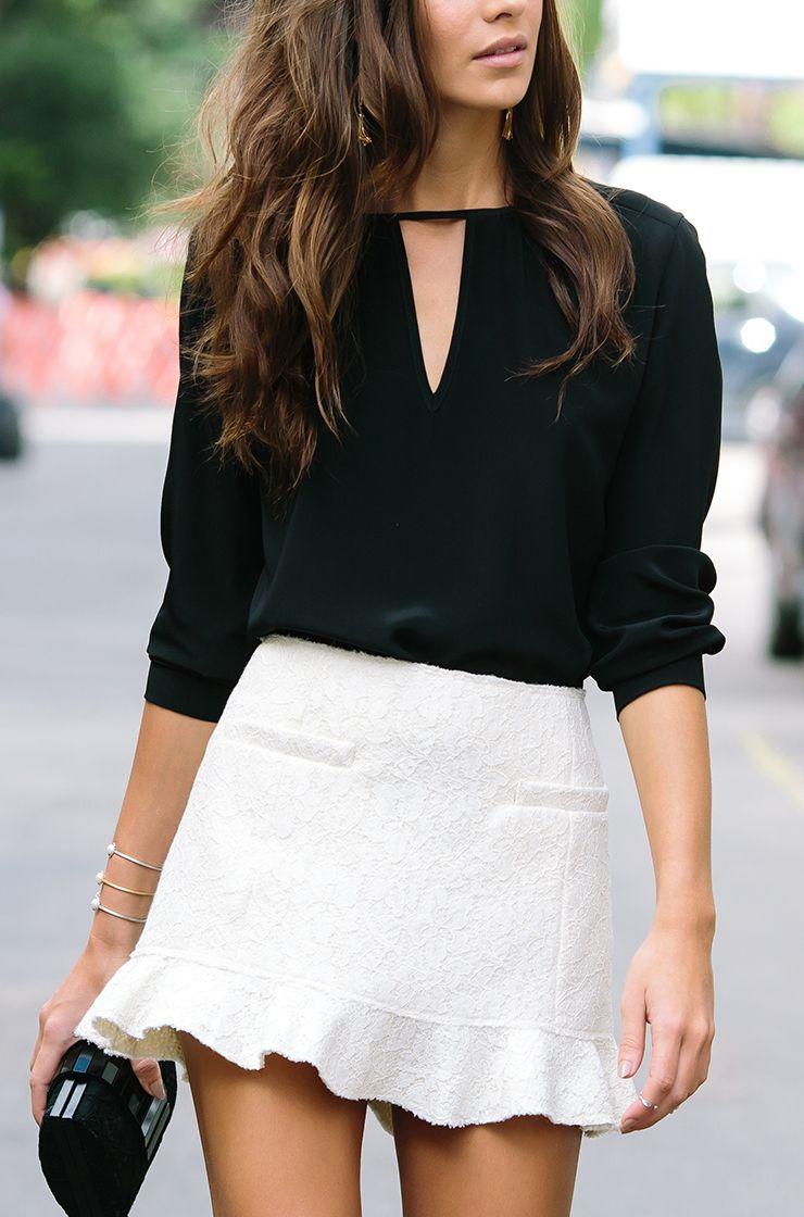 6e5d5257e Blusa perfeita! | Looks com bolsa | Roupas simples, Moda e Roupas chique