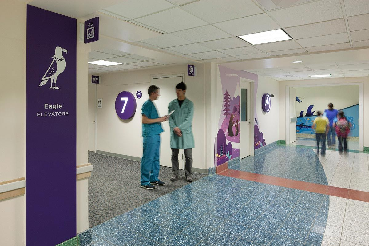 studio sc seattle children s hospital design wayfinding 87805