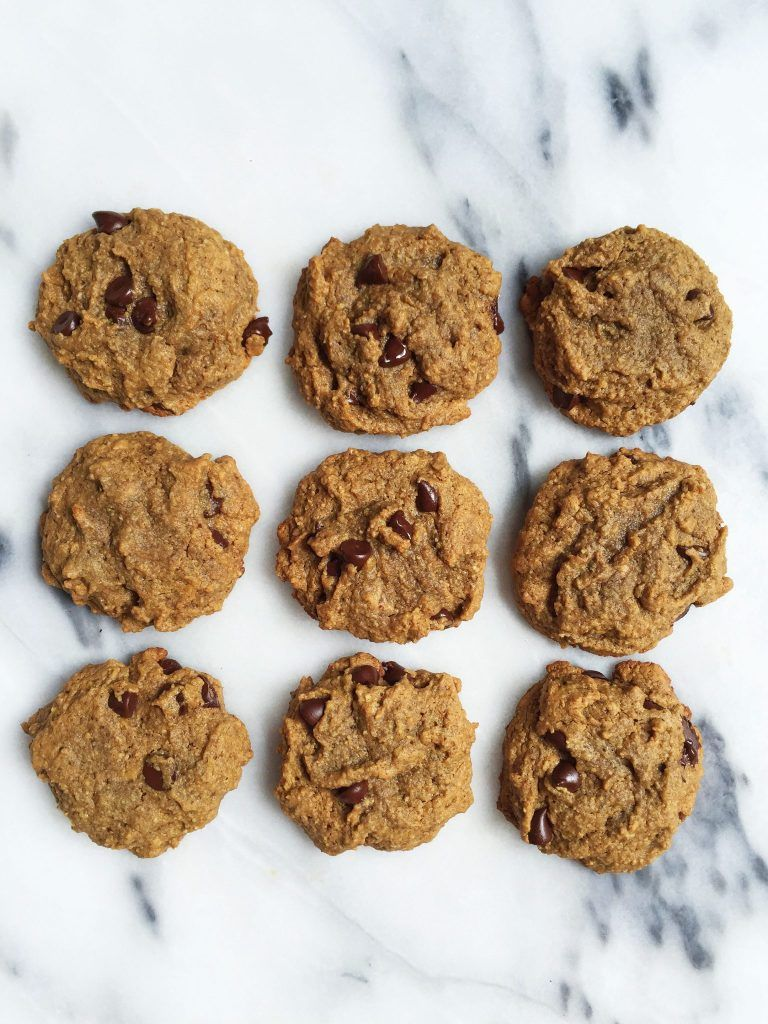 The Best Soft Paleo Chocolate Chip Cookies (nut-free) - rachLmansfield