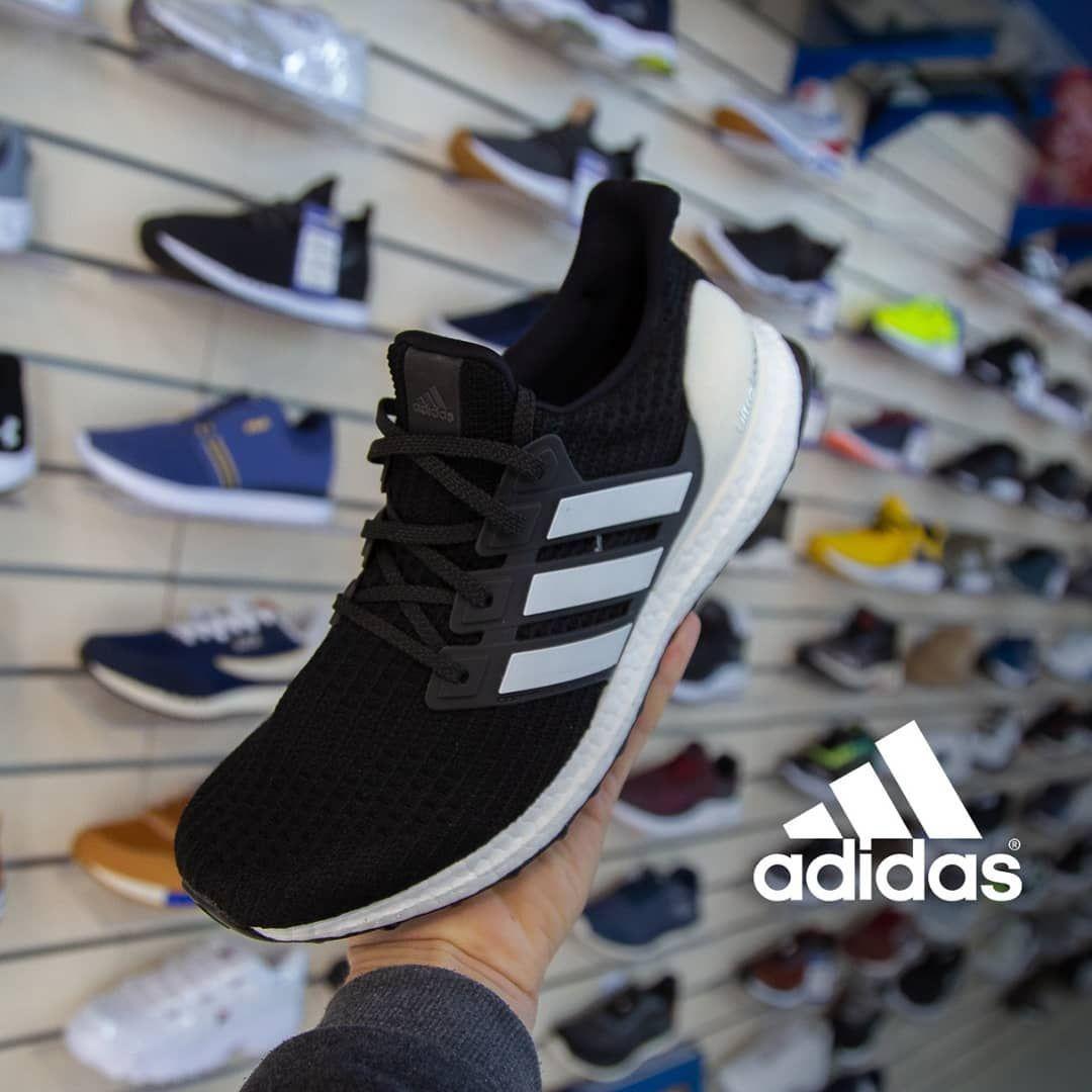 ideología Hambre domesticar  Tênis Ultraboost Adidas Masculino Cor Preto Branco Apenas no 42... Oferta  de 799,00 por apenas 599,00 😍 Corre conferir… in 2020 | Adidas sneakers,  Adidas gazelle, Sneakers