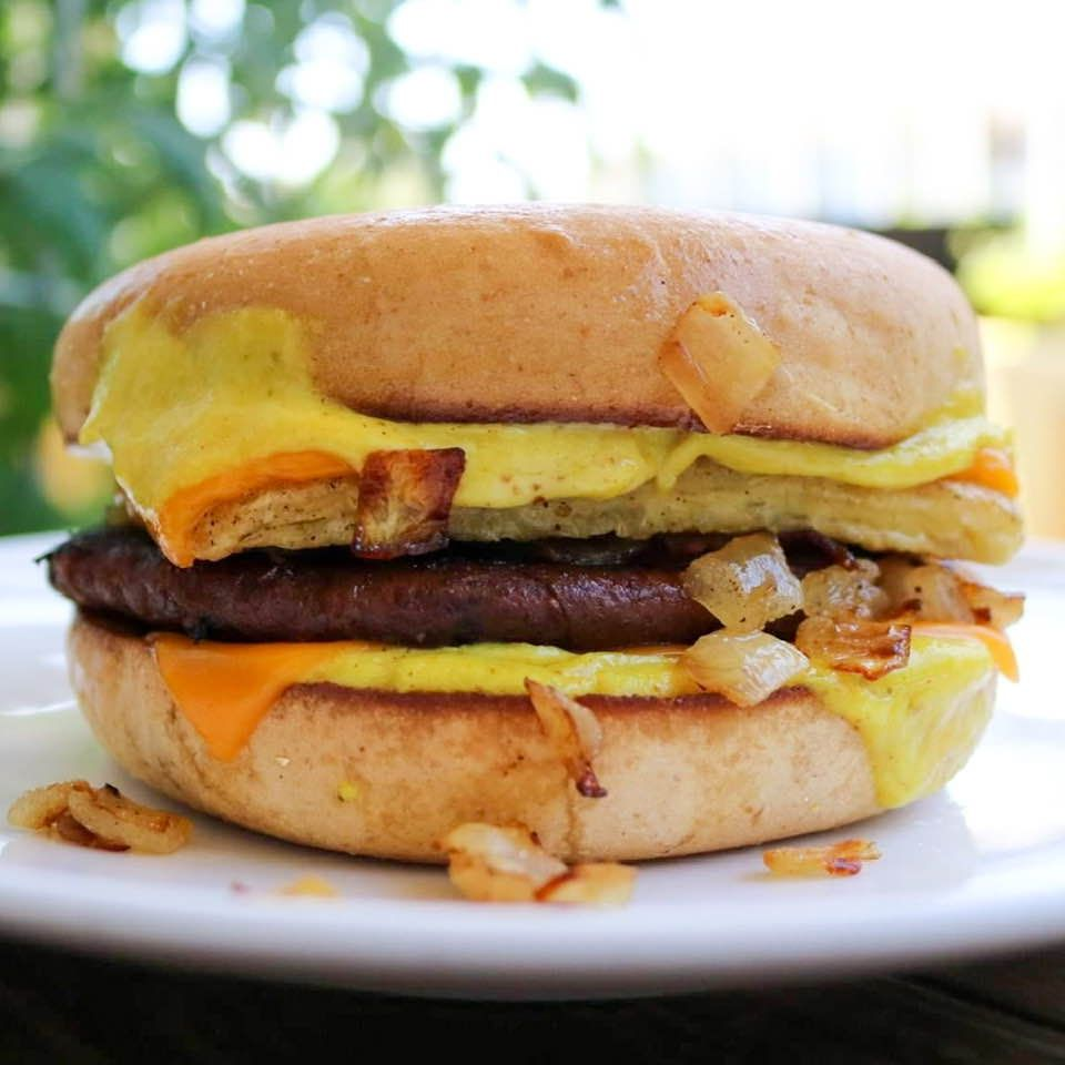 Vegan Copycat Mcdonald S Steak Egg Cheese Bagel Sandwich Recipe In 2020 Cheese Bagels Vegan Beef Bagel Sandwich