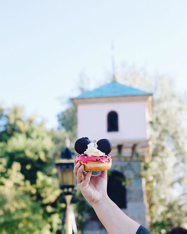 A Mickey donut is a perfect way to start the day. #pixiedarlings