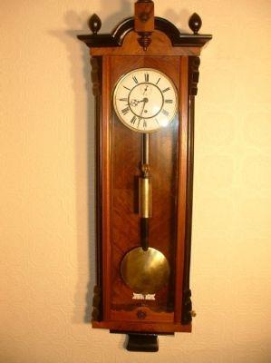 Regulator Wall Clocks Gustav Becker Single Weight Vienna Regulator Wall Clock Antiques Now Wall Clock Clock Grandfather Clock