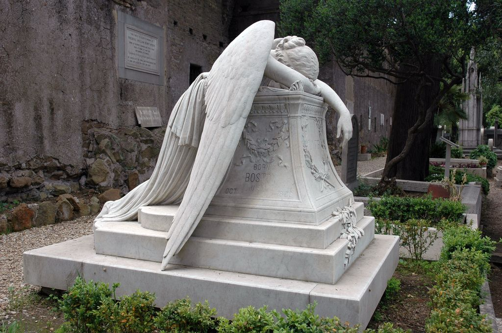1000 images about ANGELS on Pinterest Angel statues Cemetery