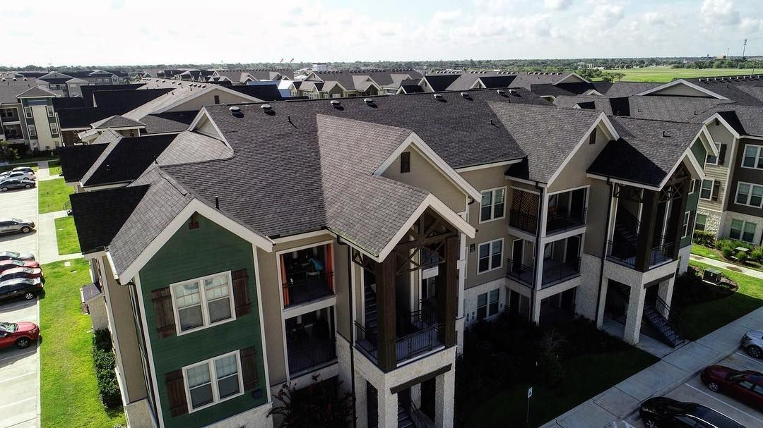 Corey Construction Is A Texas Roofing Company You Can Trust Roofingcompany Roofer Corey Construction Is A Te Roofing House Styles Architecture