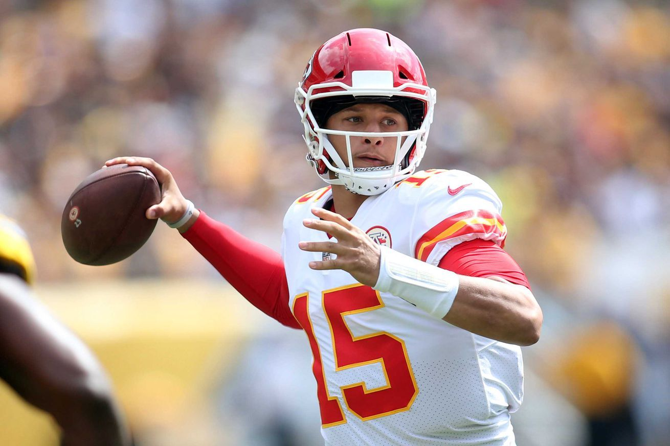 4 Reasons To Be Excited About Patrick Mahomes Record Breaking Start All Sports Games And Sports Hd Streaming Channels With No Blackouts Nfl Nba Nhl Mlb Mls