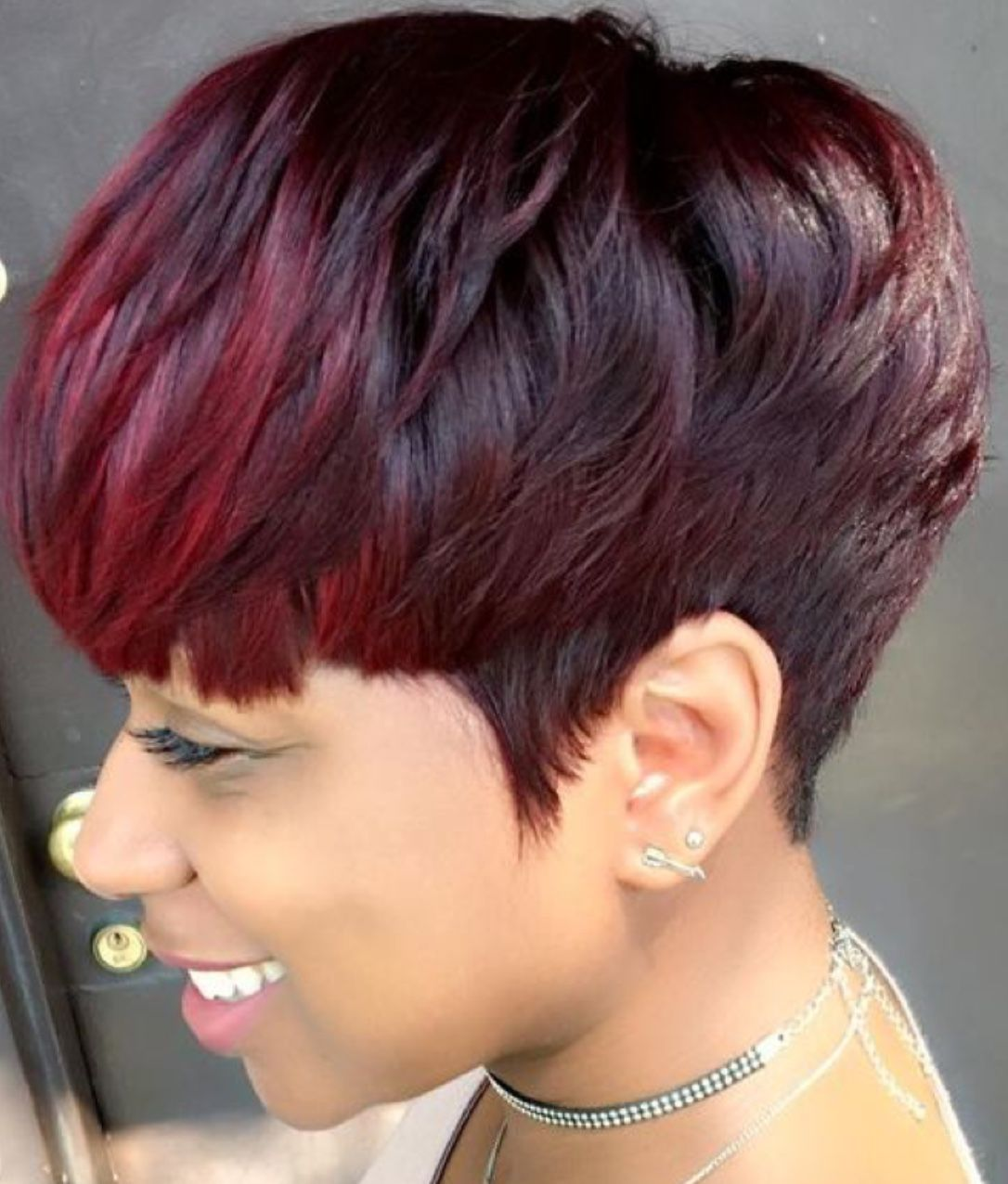 Pixie cut with great color haircuts pinterest pixie cut