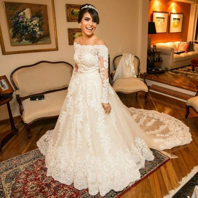 Luxury Wedding Dresses Lace Long Sleeve Off Shoulder Trajes De Novia Pearls Country Style Bridal Gowns