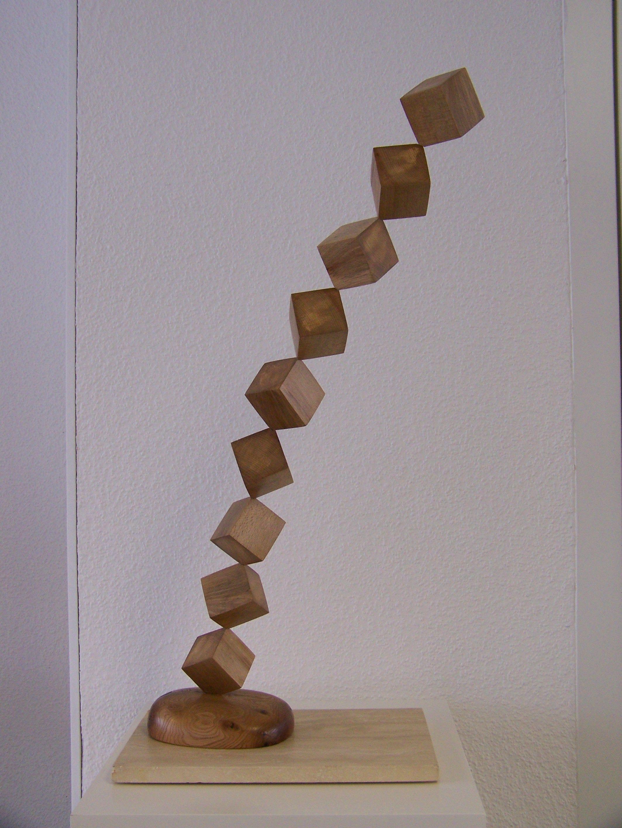 dynamische quader kunst art holzkunst wood art bildhauerei woodworking woodcarving. Black Bedroom Furniture Sets. Home Design Ideas
