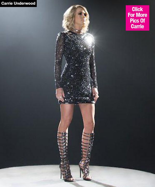 Carrie Underwood Dazzles In Epic New Sunday Night Football Opening Watch Carrie Underwood Style Carrie Underwood Carrie Underwood Photos