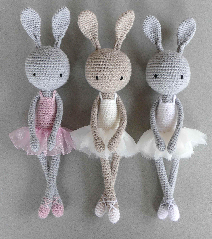 Ballerina Crocheted Mouse [FREE Crochet Pattern] | 3000x2662