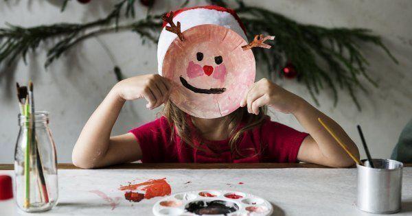 Bricolage de Noël : 20 idées faciles à faire avec les enfants #déconoelfaitmain Les fêtes de fin d'année sont l'occasion idéale pour se mettre au DIY. Envie d'initier votre progéniture au fait-main? Découvrez nos idées de bricolages de Noël faciles à faire avec les enfants! #couronnedenoelfaitmain Bricolage de Noël : 20 idées faciles à faire avec les enfants #déconoelfaitmain Les fêtes de fin d'année sont l'occasion idéale pour se mettre au DIY. Envie d'initier votre prog� #cadeaunoelfaitmainenfant
