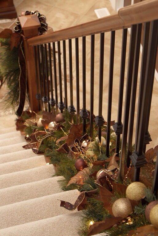 christmas decorating ideas no l deco noel et rampe escalier. Black Bedroom Furniture Sets. Home Design Ideas