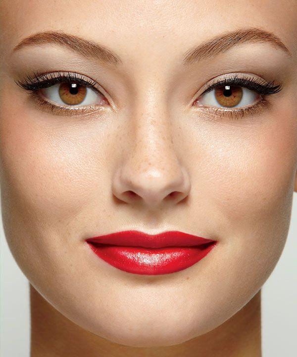 C est le grand retour des ann es 60 le teint se fait - Maquillage annee 60 ...