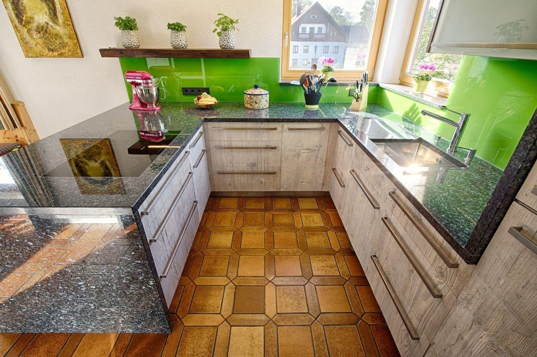Altholzmöbel für die Küche : Schränke, Regale, Küchenmöbel aus ...