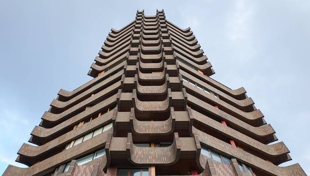 "(@jpdeuxh) on Instagram: ""La Pagoda - Valencia  #architecture #architettura #architectural #architektur #architectureporn…"""