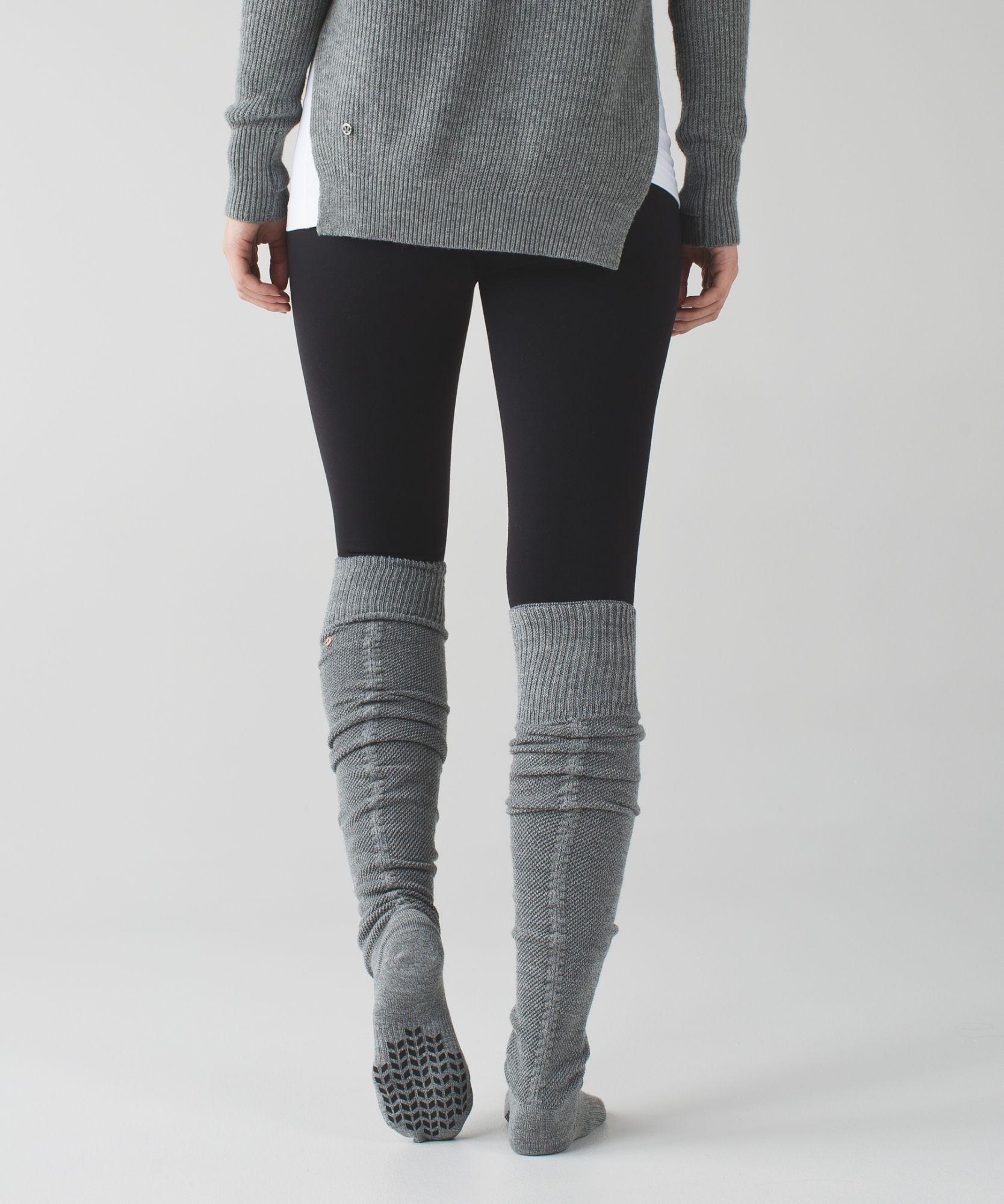 Layer these cozy socks over tights to keep warm in Savasana oron