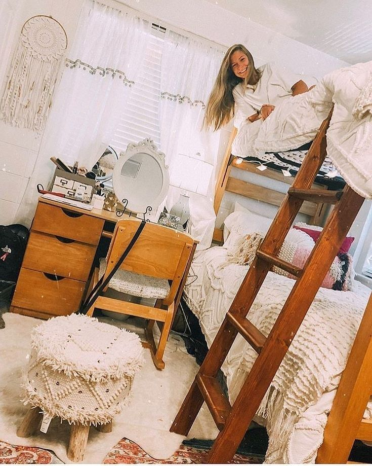 73 Glam Dorm Rooms Ideas That You Need To Copy 26 Dorm Room Designs Sorority Room Apartment Decorating College Bedroom