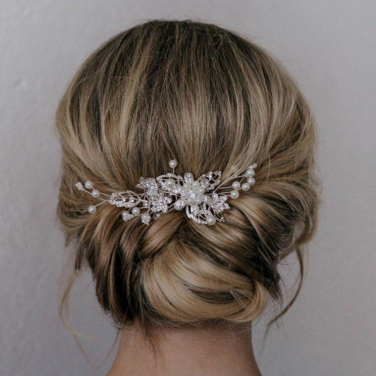 choisir authentique beau lustre hot-vente dernier Acconciature capelli lunghi raccolti, capelli biondi ...