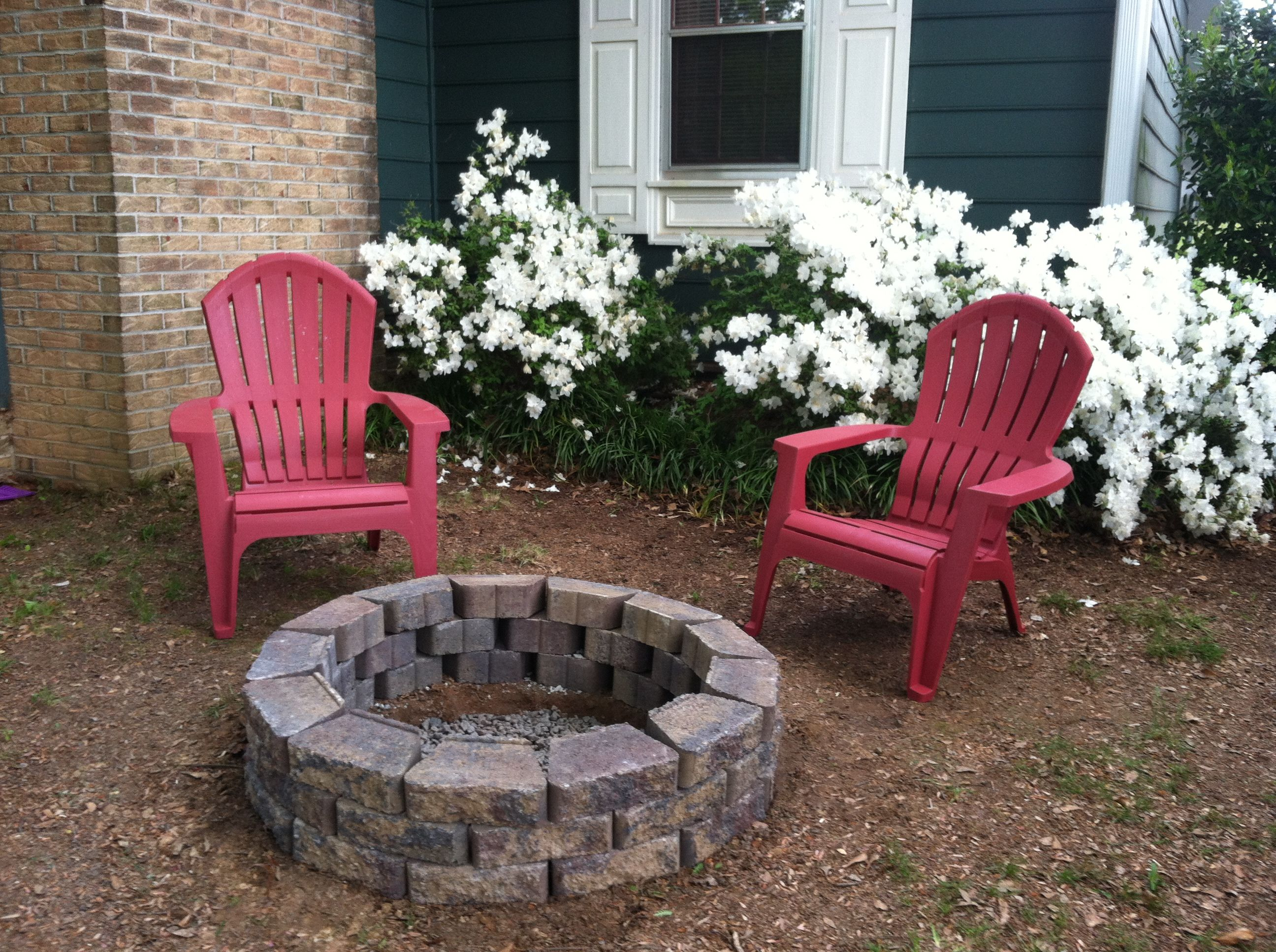 Easy DIY fire pit with edgers from Home Depot. Less than