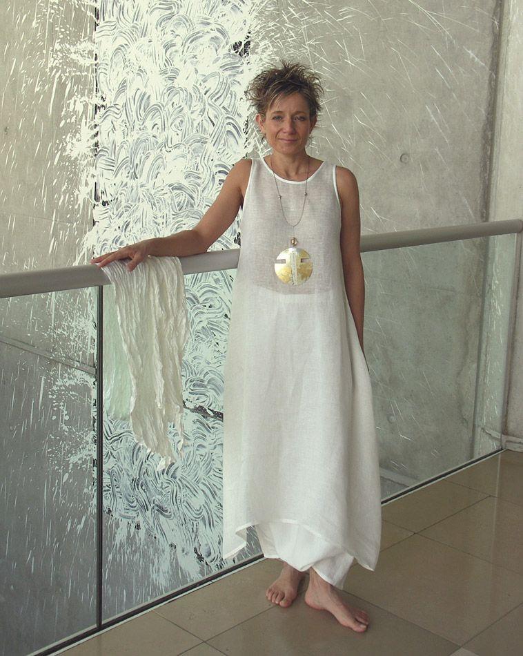 ensemble blanc en lin pour femme robe tunique en voile et sarouel amalthee creations n. Black Bedroom Furniture Sets. Home Design Ideas