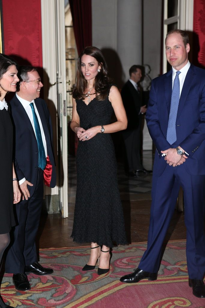Kate Middleton Photos Photos - Prince William, Duke of Cambridge and Catherine,Duchess of Cambridge attend a reception at the British Embassy during day one of their visit on March 17, 2017 in Paris, France. - The Duke And Duchess Of Cambridge Visit Paris: Day One