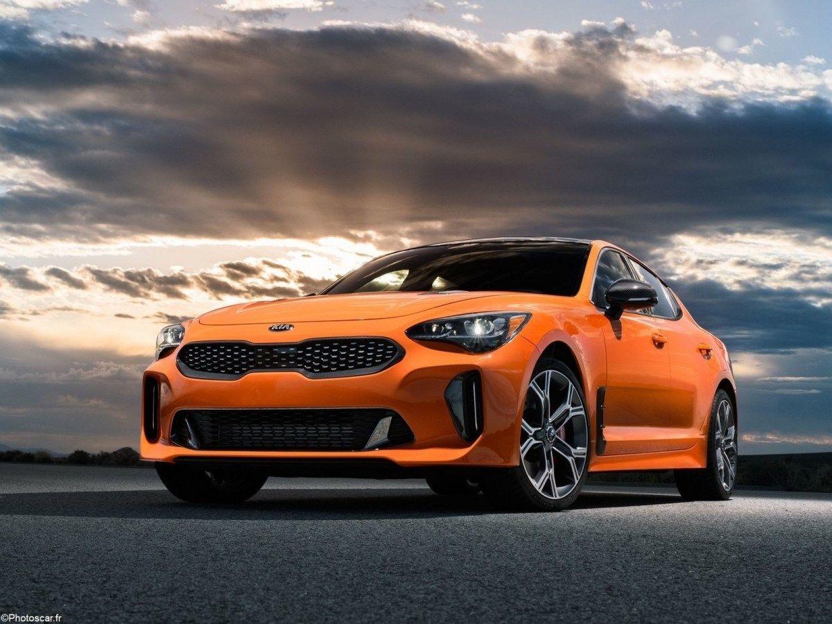 Kia Stinger Gts 2020 Utilise Le Moteur V6 Bi Turbo De 3 3 Litres Moteur Boite Automatique Stinger
