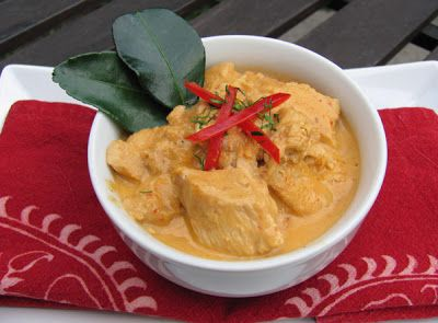 Thai Recipes From My Kitchen: Panang Gai or Panang Curry with Chicken