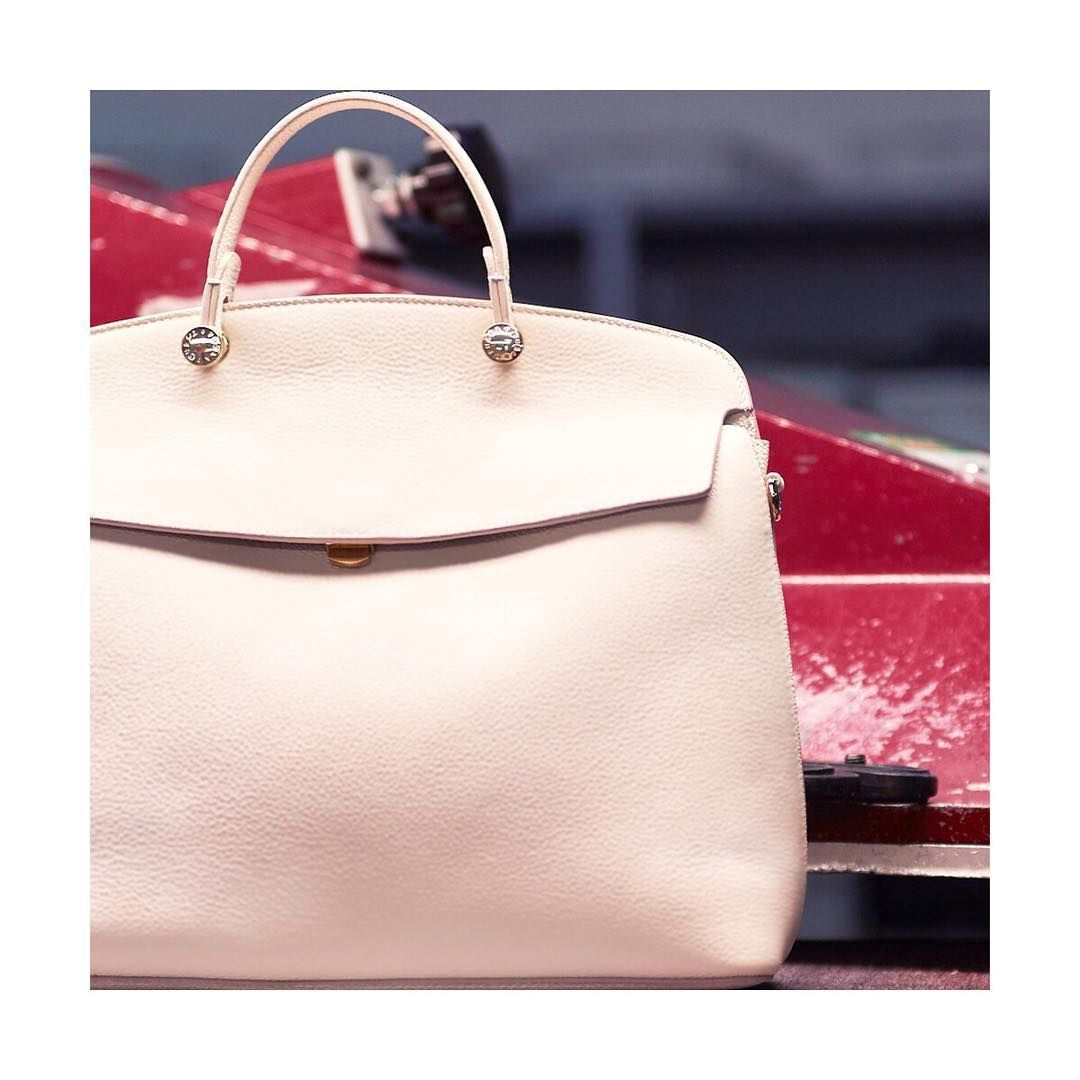 cfae3028dd Meet the new Furla My Piper bag from our Cruise 18 collection. Link in bio.   furlafeeling  furla  furlacruise18  fashion  accessories