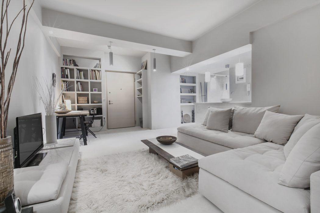Knusse woonkamer met lichte kleuren interieur inrichting for Kleuren interieur