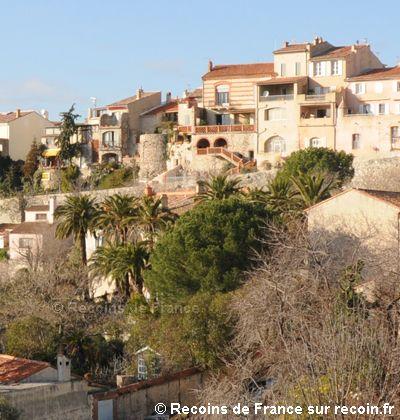 Le Plan du Castellet, Var. Clin d'oeil, Provence, Plans