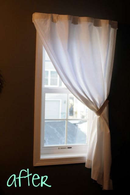 Small Simple Curtain For A Small Window Small Window Curtains Simple Curtains Small Window Treatments