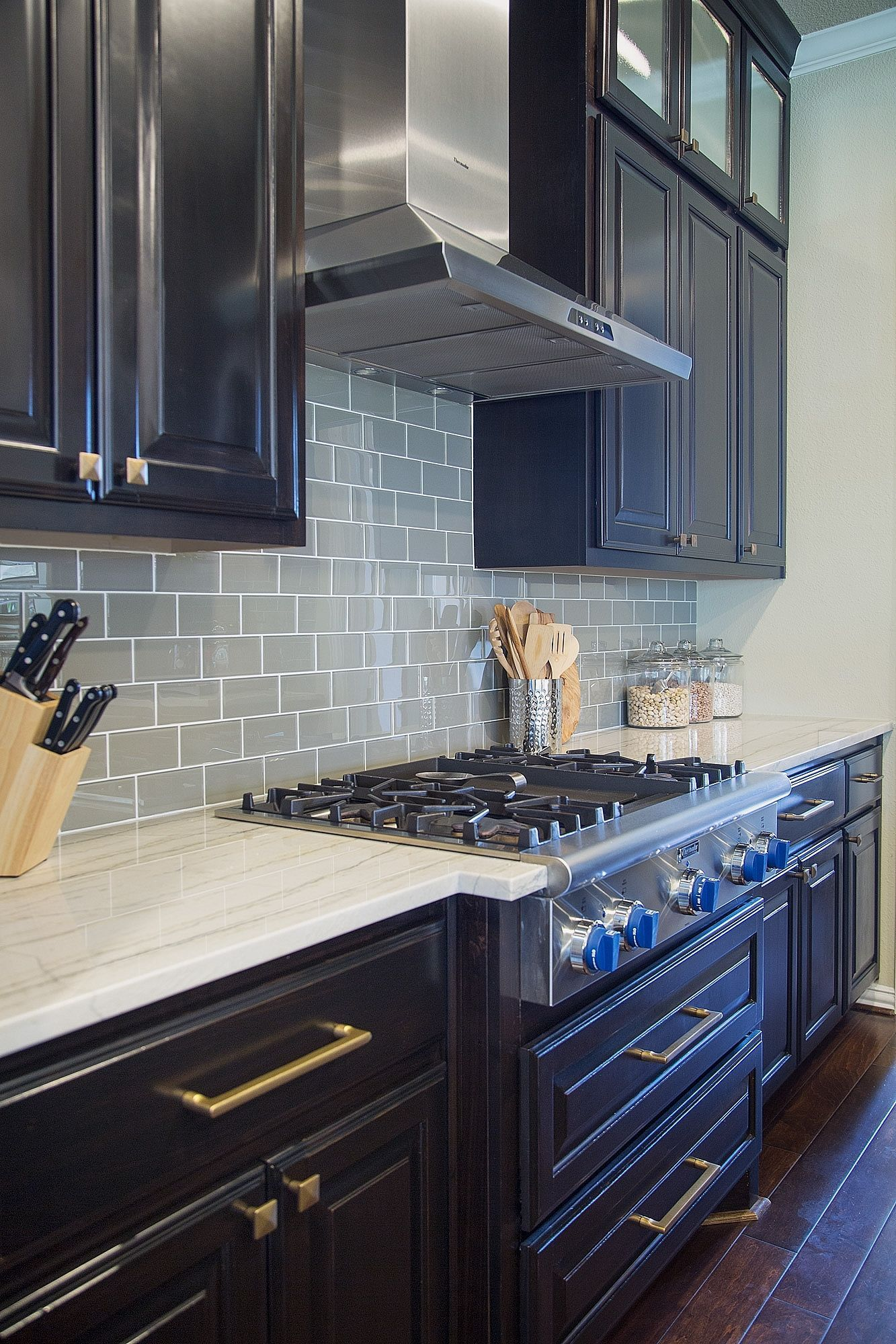 Kitchen Remodel Show. Awesome Hgtv Small Kitchen Makeovers Hgtv ...