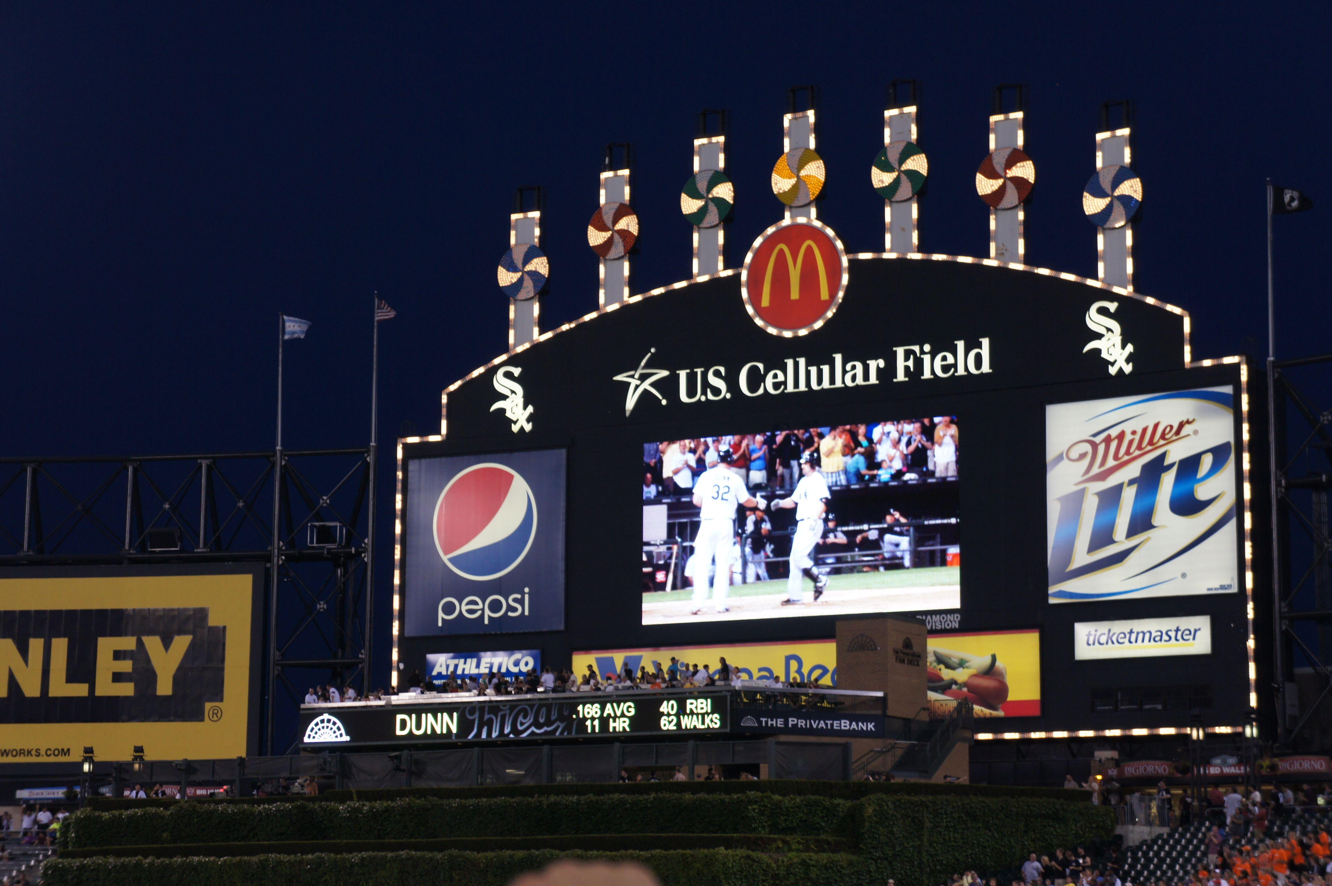 Chicago white sox scoreboard