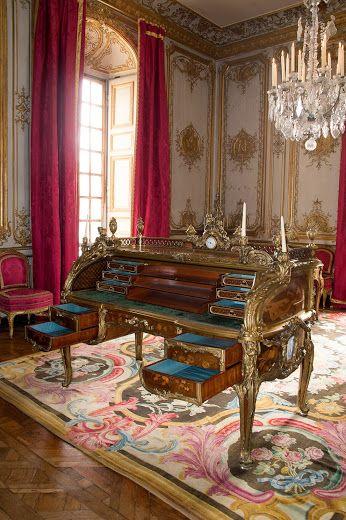 ouverture du secrétaire à cylindre de Louis XV ! Louis XV and the