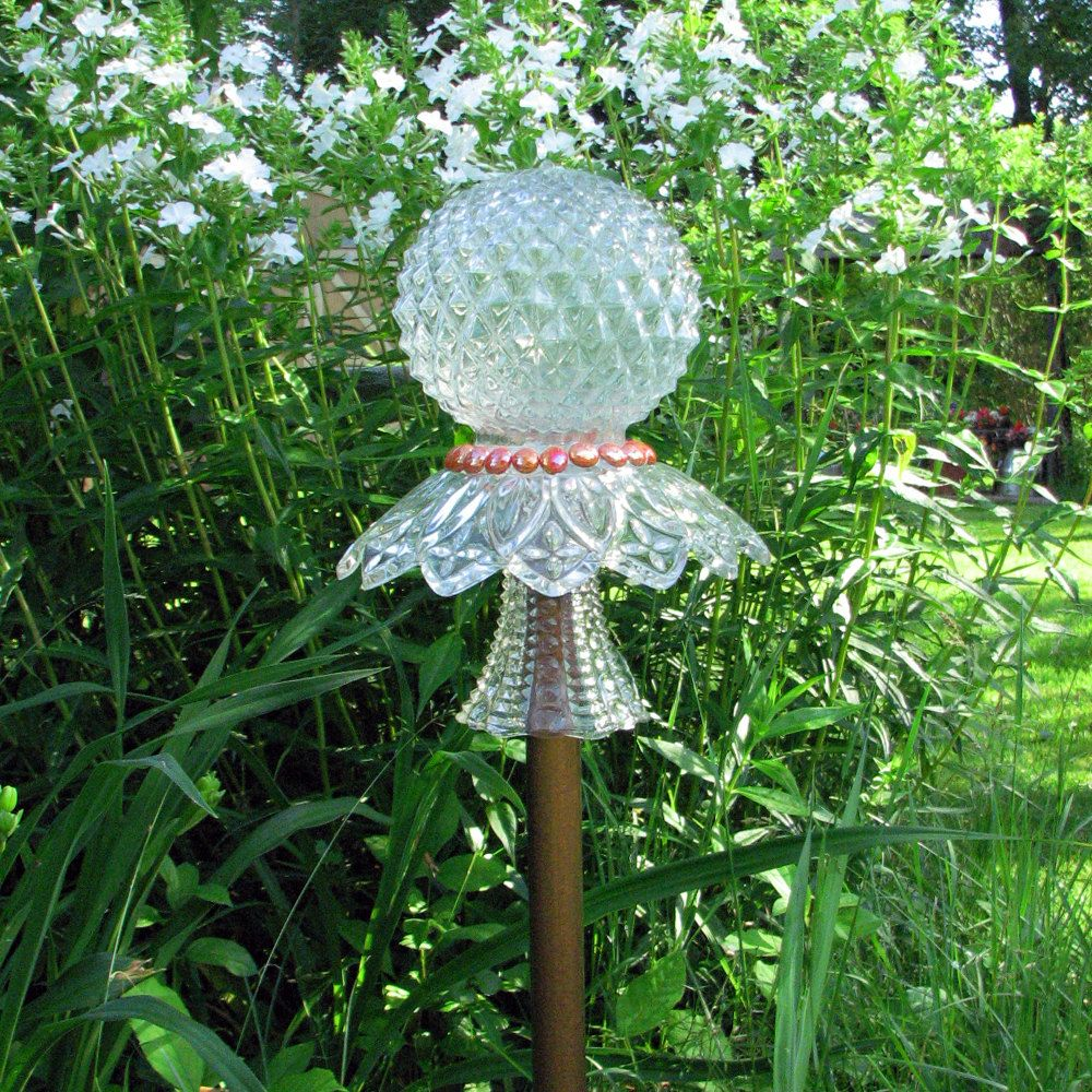 Clear Glass Garden Totem - TM30. $24.00, Via Etsy.