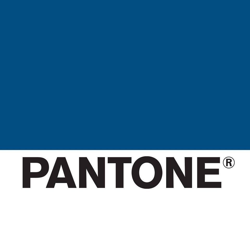 Colore PANTONE 2020: l'annuncio del 19-4052 Classic Blue #pantone2020