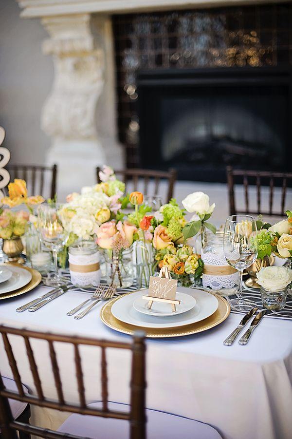Soft And Romantic Engagement Party Ideas Decoracion mesas, Ideas