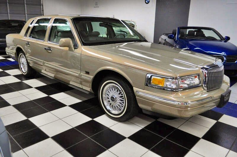 12+ First generation lincoln town car ideas