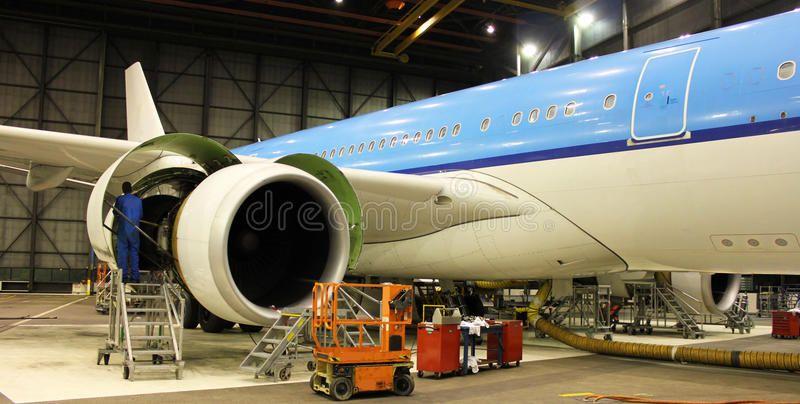 Aircraft Maintenance A Big Aircraft During Maintenance Check Inside Hangar Affiliate Big Ma Aircraft Maintenance Aircraft Aircraft Maintenance Engineer