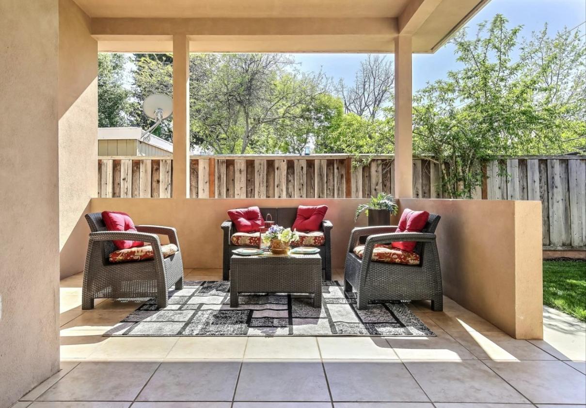 Outdoor Living - Rancho Rinconada Residence