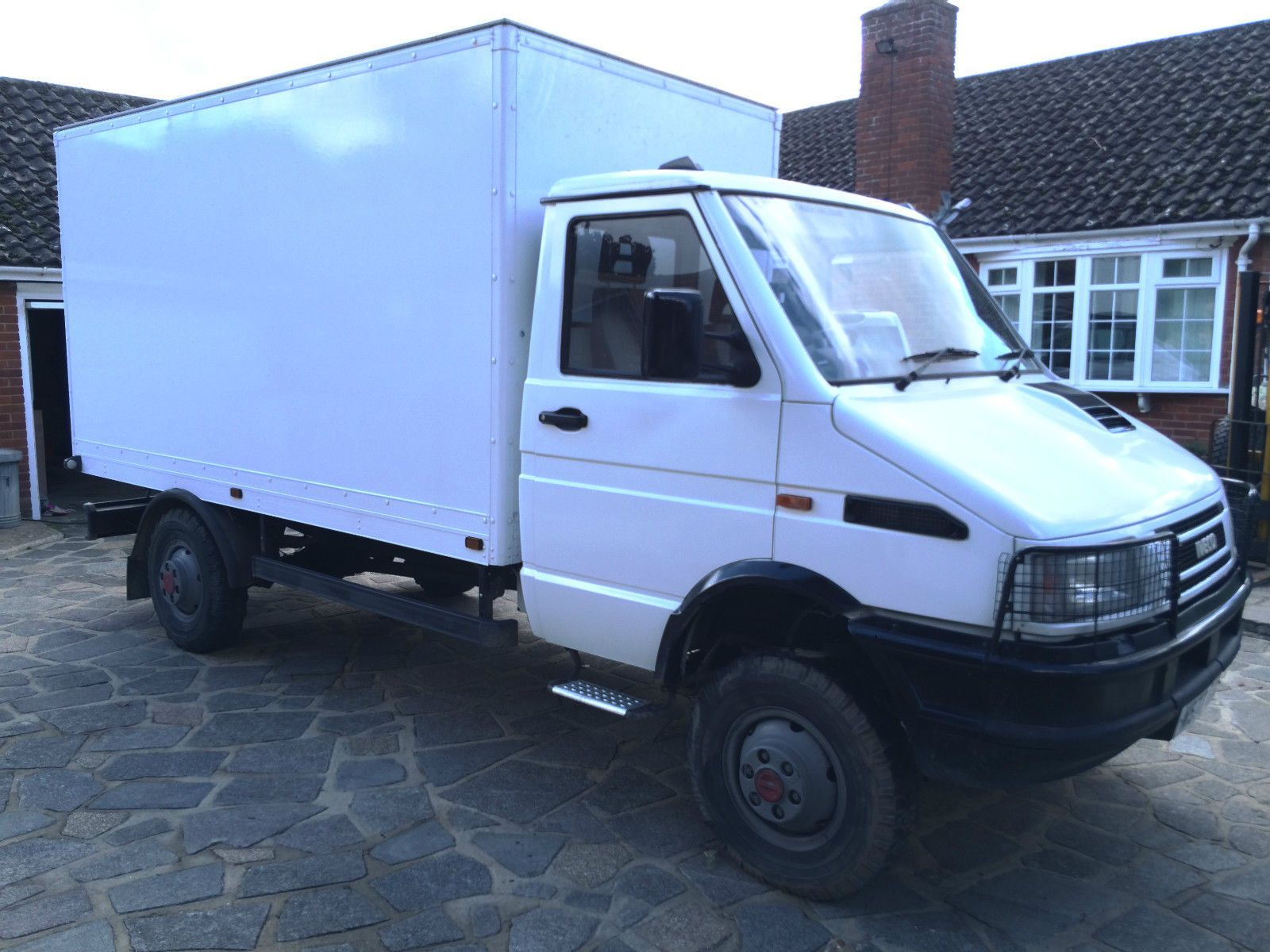 Iveco daily 40 10 4x4 4wd off road van overland camper mini unimog