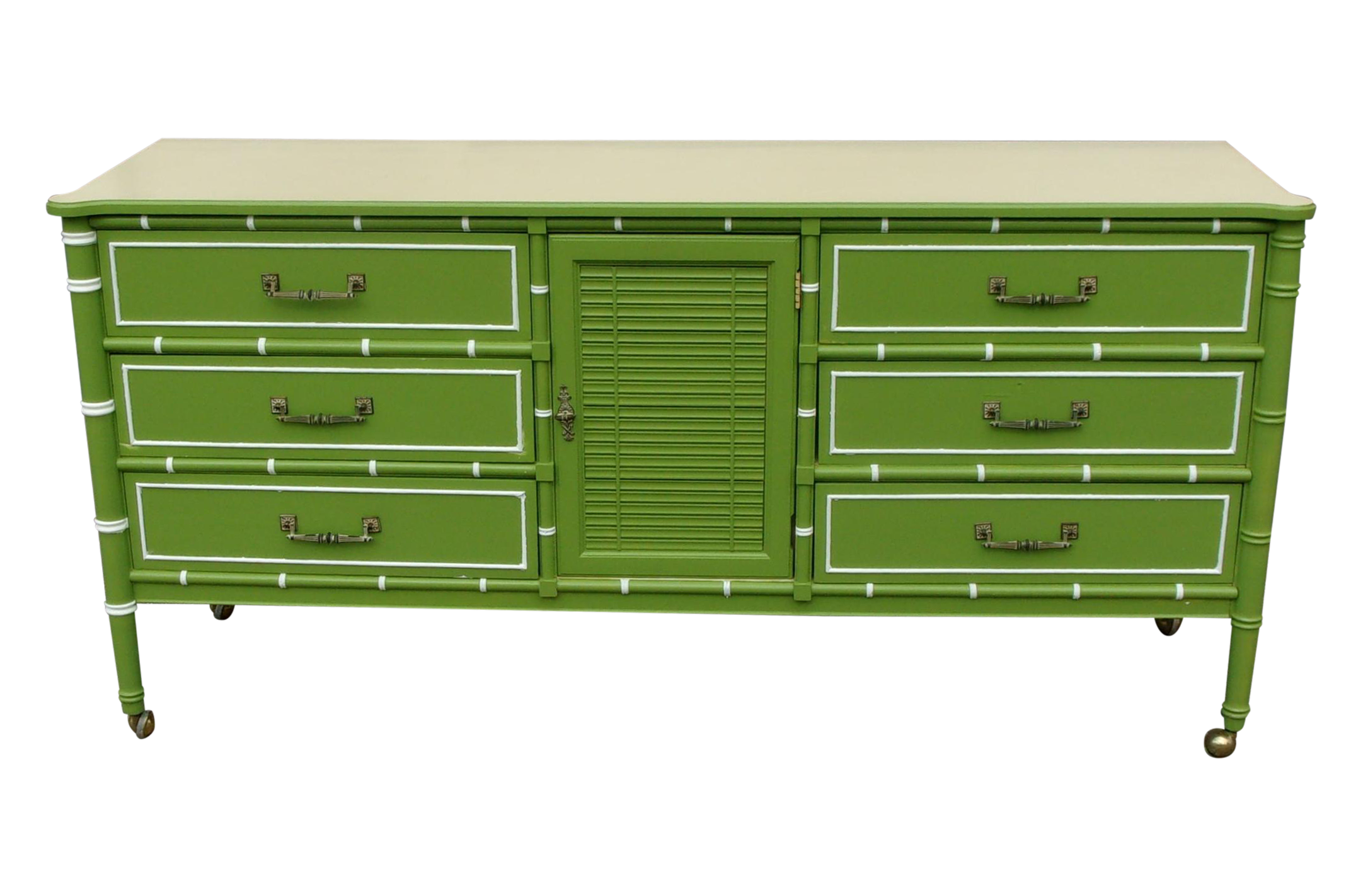 Beautiful Vintage Apple Green Dresser With Formica Top And Metal Hardware Mounted On Metal Caster A Lot Of Beach Style Dressers Green Dresser Beach Furniture [ 1422 x 2163 Pixel ]