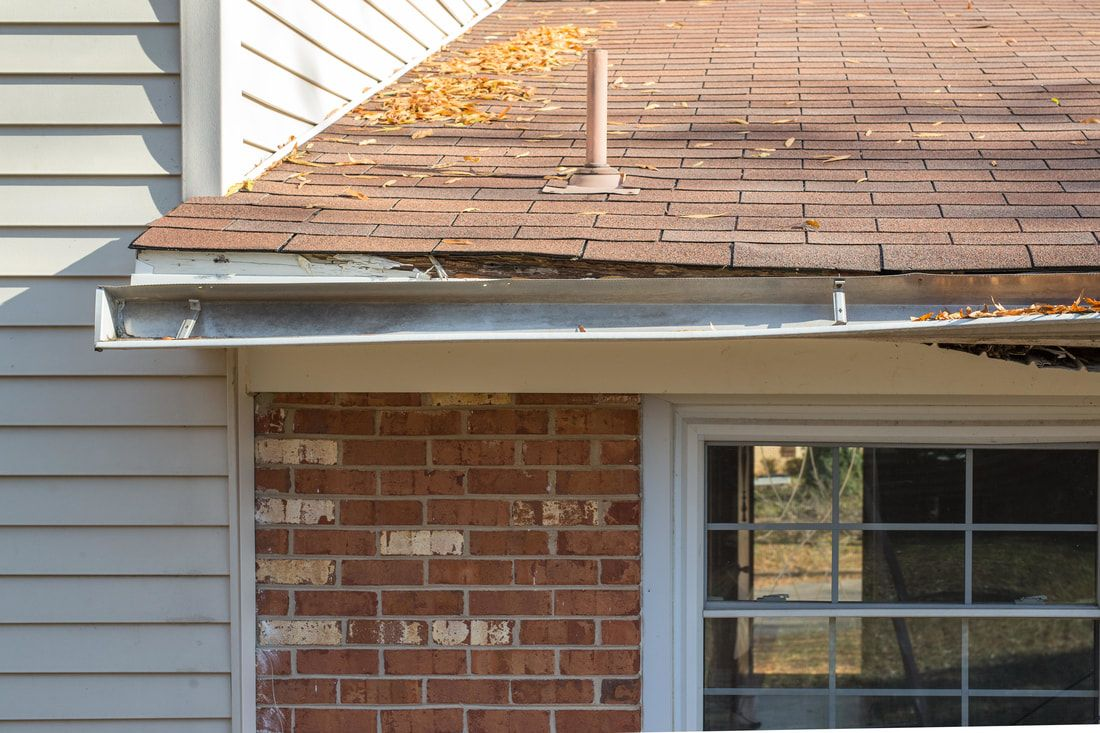 Gutter Damage Replacement Home Inspection Selling Your House Gutters