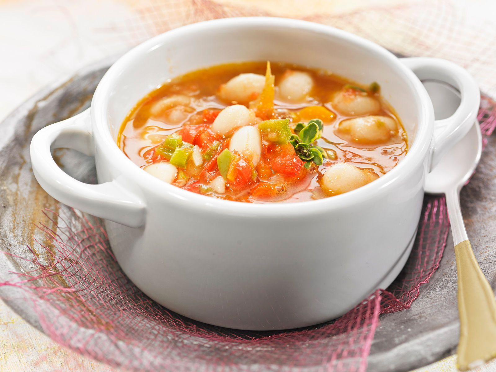 La soupe espagnole de mamie recette soupes recettes - La cuisine espagnole expose ...