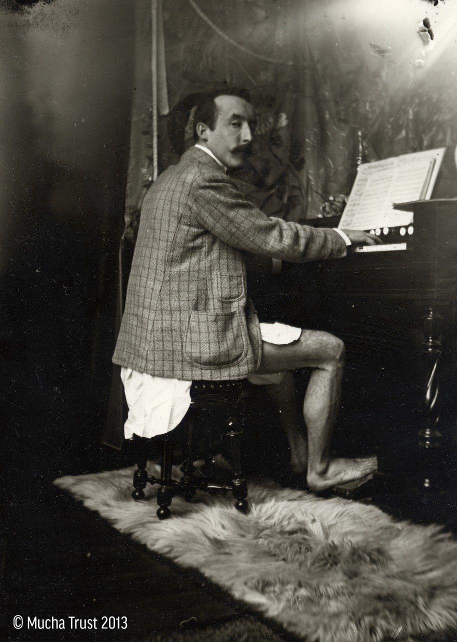 pianospeler in onderbroek