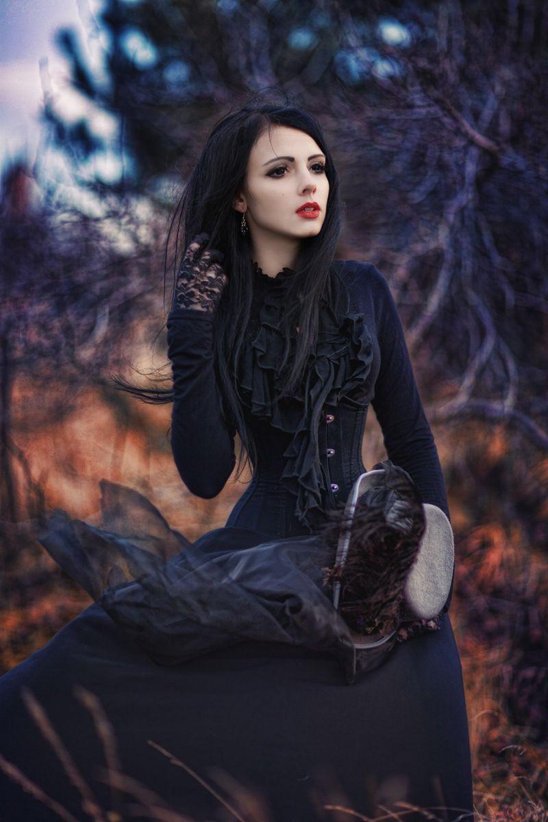 Photographer: Beata Banach Model: Mamiko - Dark Beauty ...
