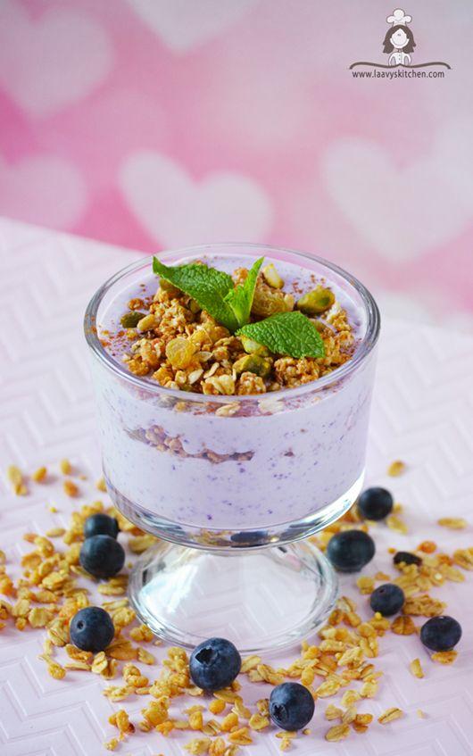 Blueberry yogurt parfait.Vegetarian,healthy recipe