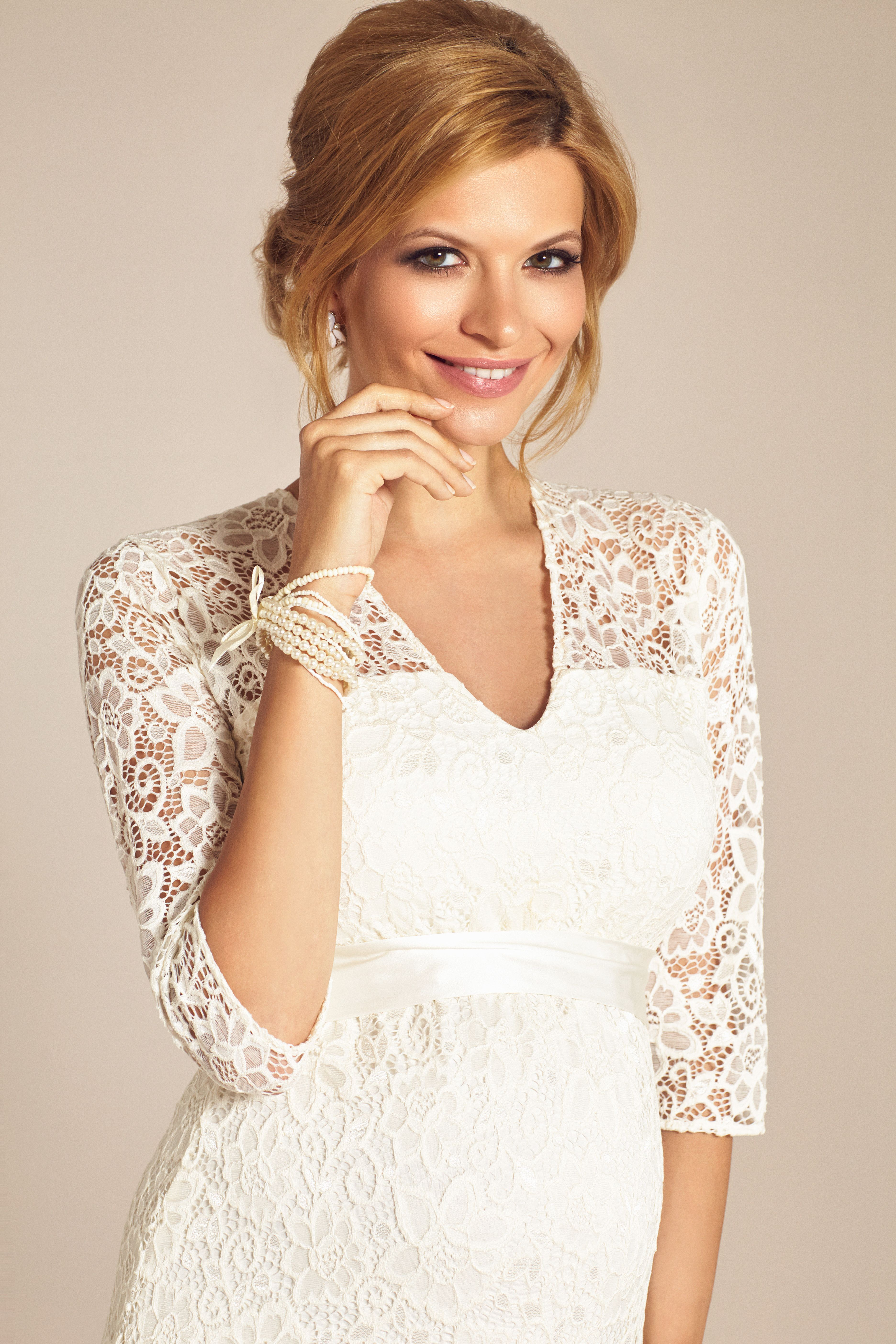 27++ Tiffany rose wedding dress info